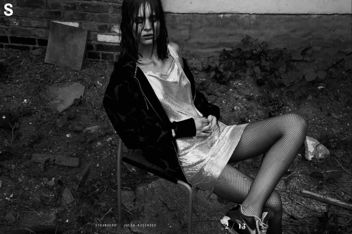 S-Magazine, S Magazine by Julia Kiecksee, Leica, Carolina Ballesteros, Claudine Blythman Makeup, Alton Hetariki, John Mullan Hair, beauty spot, mac cosmetics, mac chromaline, mac pro, fluid line, black eye makeup, eyes on fleek, grunge, strobe, leica S Magazine,
